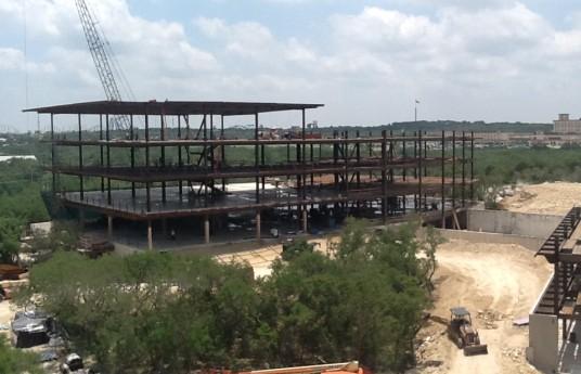 Texas-Steel-Erection_San-Antonio-Office-Building_1